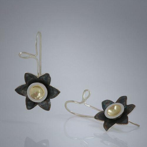 Golden-eyed Susan earrings by Joana Miranda