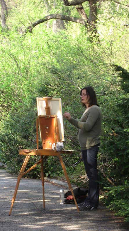 Women painter in Conservatory Garden, photo taken by Joana Miranda