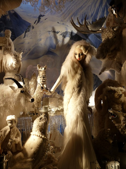 Photo of window at 2011 Bergdorf Goodman display, taken by Joana Miranda
