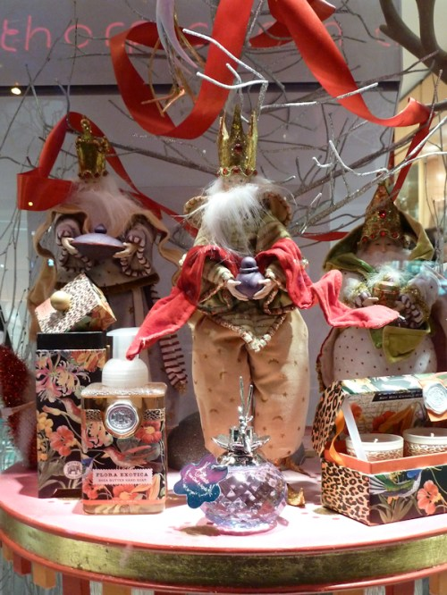 Photo of Three Magi dolls in apothecary Christmas display on Broadway, taken by Joana Miranda