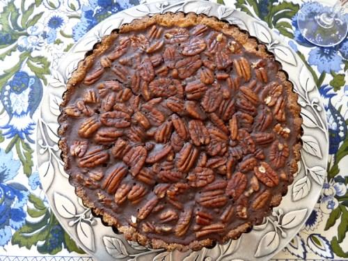 Photo of chocolate pecan tart, taken by Joana Miranda