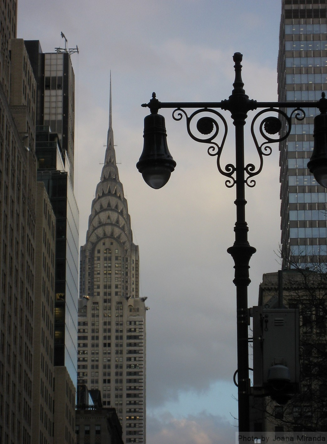 Photo of Chrysler building with light post