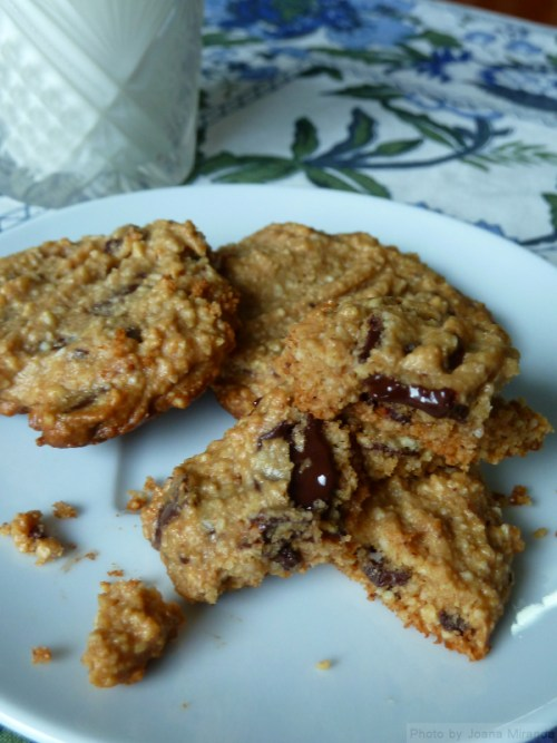 photo of peanut butter chocolate cookies on a plate