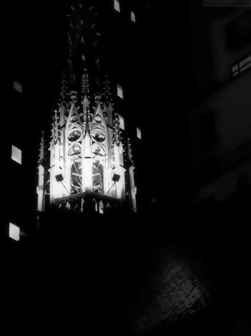 church-steeple-at-night
