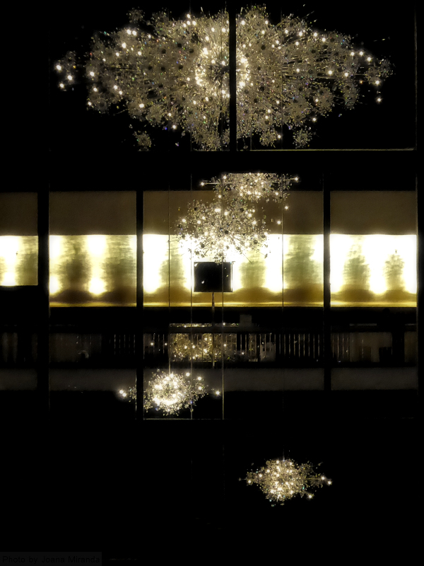 Photo of chandeliers at the Metropolitan Opera, taken by Joana Miranda