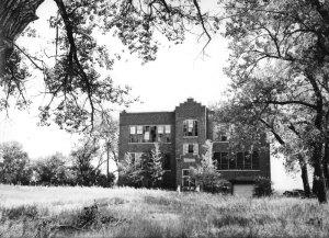 2011040007 Closed School 2011