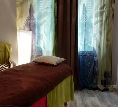 Le salon de massage, soins énergétiques de Joanna Leuwers, praticienne est situé à Pierrelatte dans la Drôme
