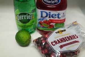 Non alcoholic cranberry & lime spritzer