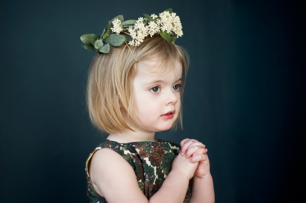 girl-with-flower-crown