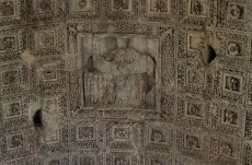 arch-of-titus-ceiling