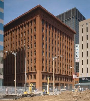 Wainwright_building_st_louis_USA