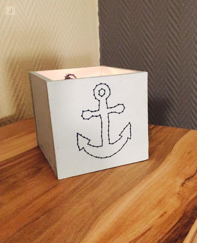 bestickte Holzbox als Kerzenhalter