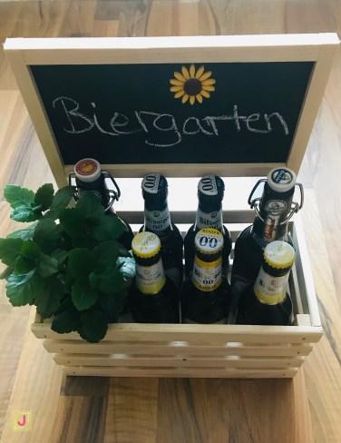 DIY Biergarten mit Bierflaschen - einfache DIY Männergeschenke