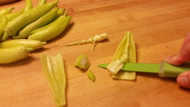 Prepping banana peppers before freezing