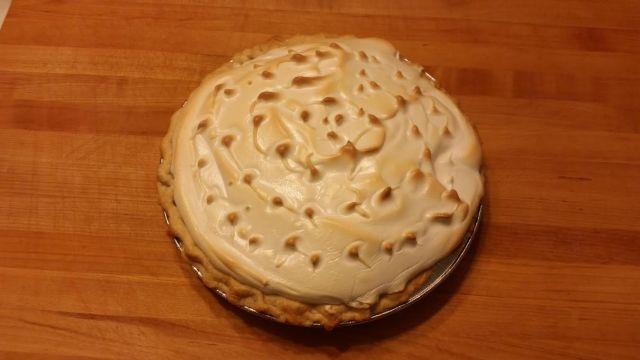 Lemon meringue pie - joanns food bites