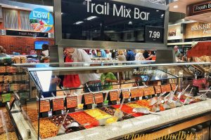 Harris Teeter Greenville Trail Mix Bar/JoAnn's Food Bites