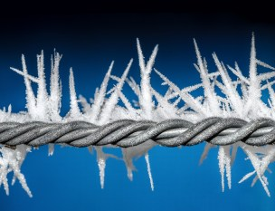 Ice barbed wire boundary