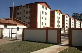 Moradores do Condomínio Vivenda das Gaivotas, em Paciência, recebem registro do imóvel