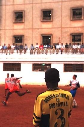 ENSAIO CARANDIRU - JOAO WAINER - FOTOS PARA ENSAIO ESPECIAL - Jogo de futebol no pavilhao 2