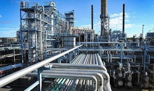 Dangote Oil and Gas Fresh Recruitment, Apply for a Suitable Position