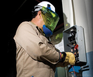 Oil Rig Electrician job description, duties, tasks, and responsibilities