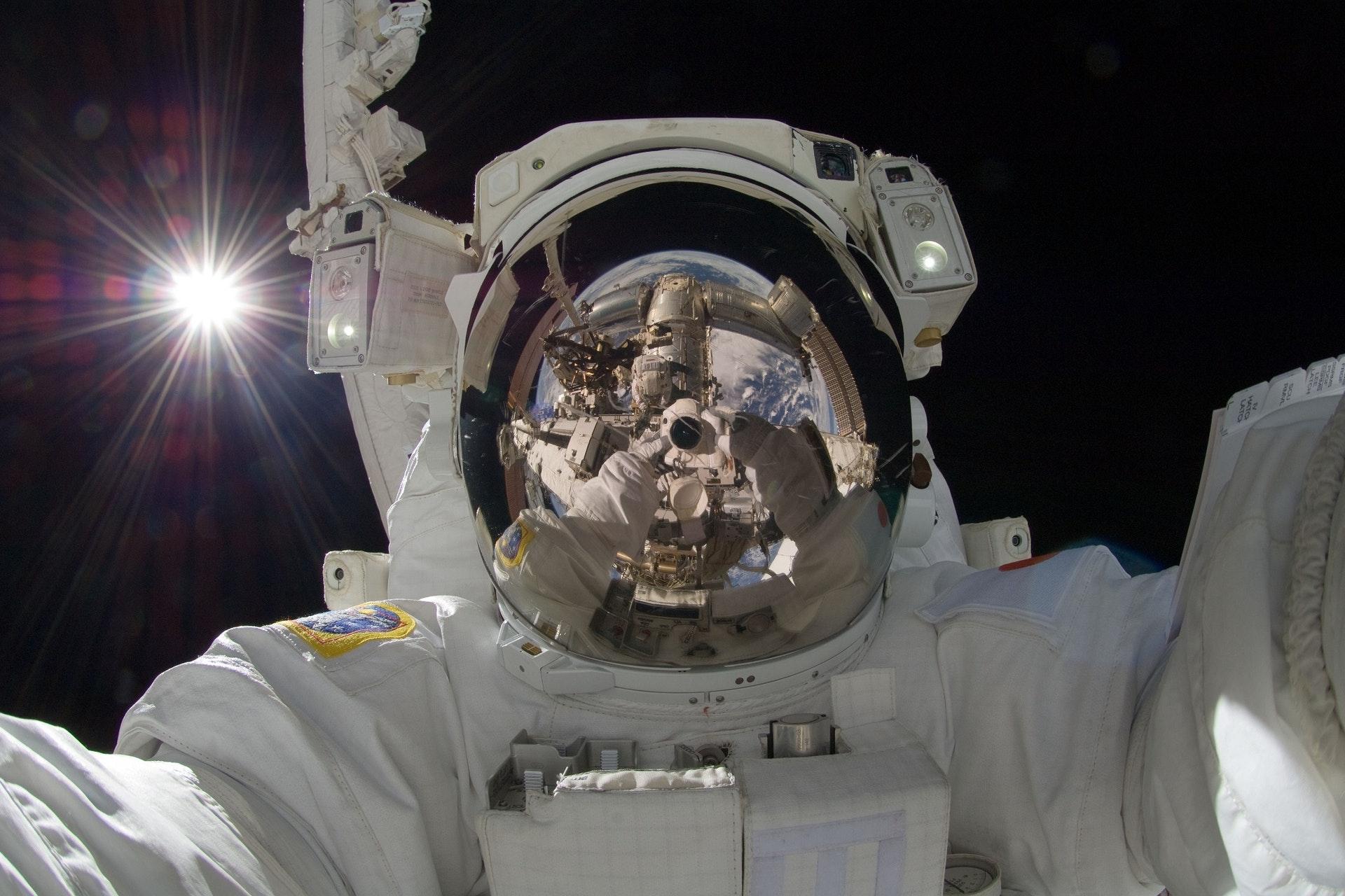 info kerja astronot