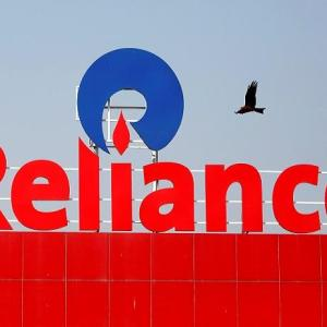 Reliance Fresher Job Openings For Freshers As Graduate Trainee Across India Last Date - 10 February 2020.