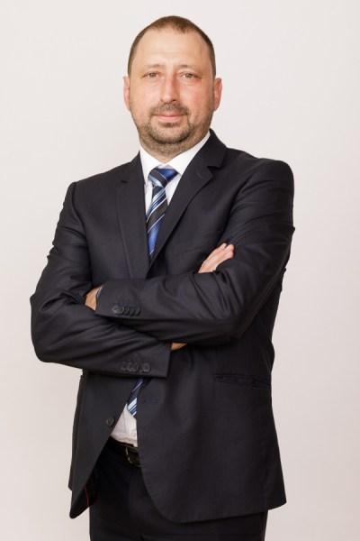 Енчо Динев