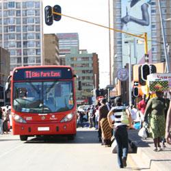 pedestrians-bus1_250 (c) Joburg