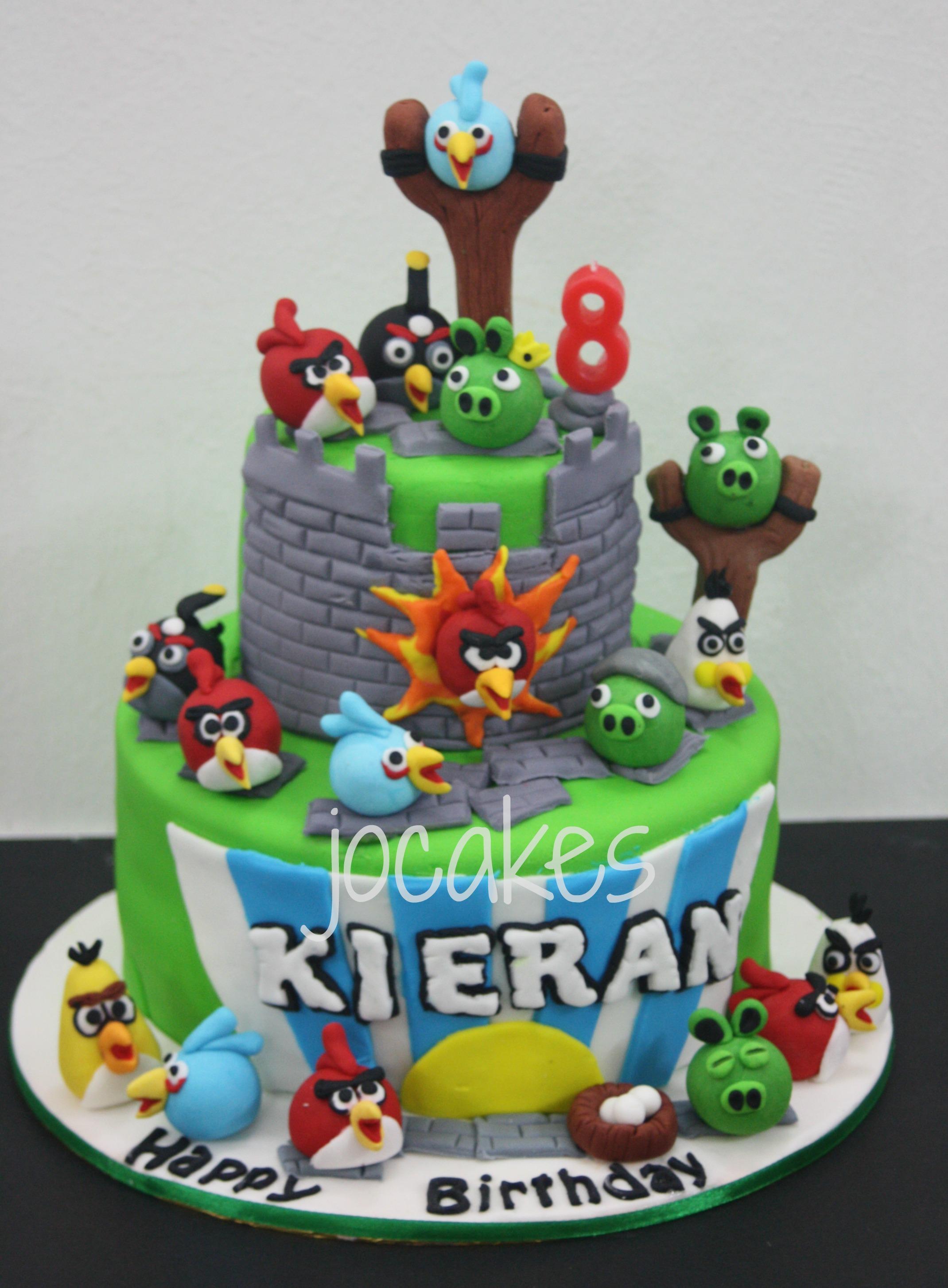 Angry Bird Cakes Cupcakes