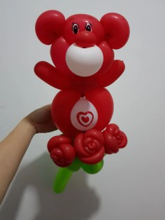 Balloon Sculptute Red Care Bear with Roses