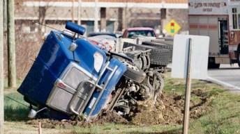Accident - Tanker, Guy Road, 03-05-19-2JP
