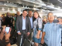 Liliana Miranda con el Gobernador