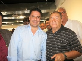 Ricardo Miranda con el Gobernador