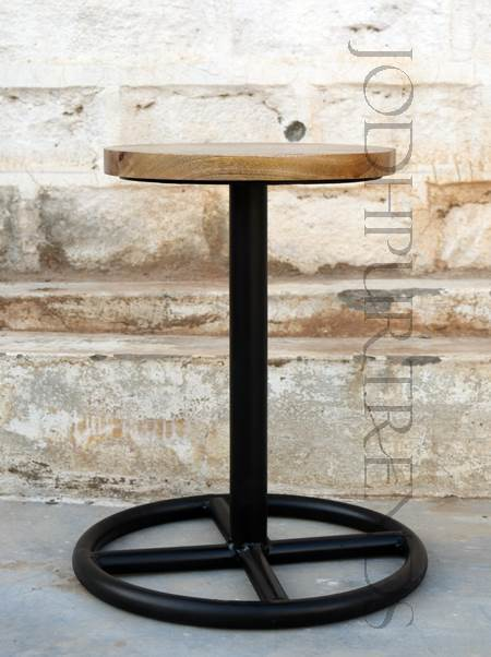 Lounge Stool | Retro Lounge Furniture