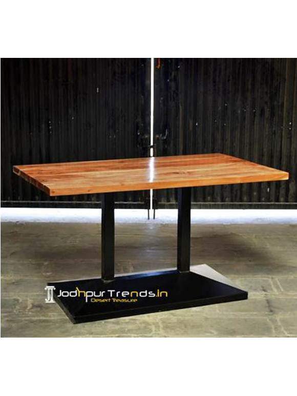 Solid Wood Fine Dine Restaurant Table Modern Restaurant Industrial Table
