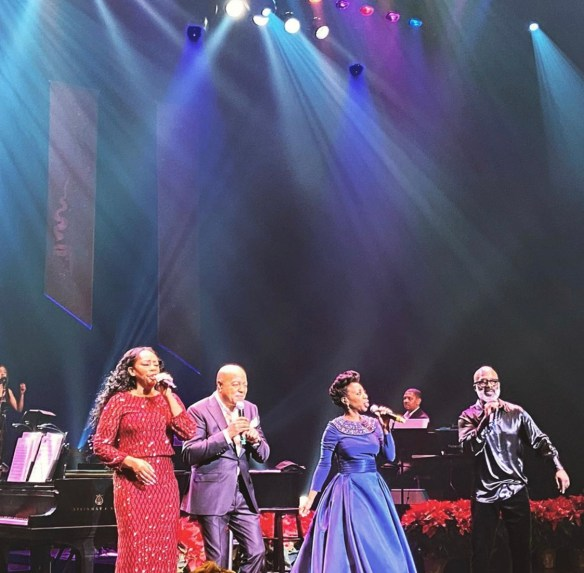 The Colors of Christmas Finale - Jody Watley Peabo Bryson Oleta Adams BeBe Winans