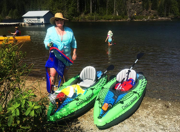 Intex Challenger K1 Inflatable Kayak vs Advanced Elements Inflatable Lagoon Kayak. Originally, we had two budget inflatable Intex kayaks