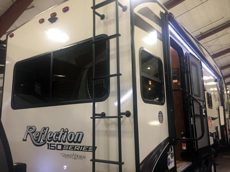 How to Choose the Right RV: 7 Tips to Help You Choose the Right RV. We found this Grand Design Reflection 230 RI at an RV show, and were pretty sure it was the one