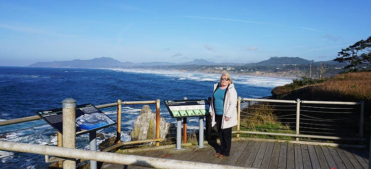 Review of Beverly Beach State Park, near Newport, Oregon. At a lookout point at Yaquina Head