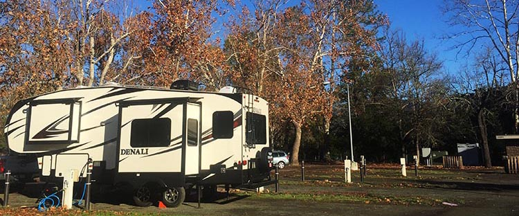 RV Camping at the Calistoga RV Park, Napa Valley, California. Our Denali RDS 257 Fifth Wheel at the Calistoga RV Park
