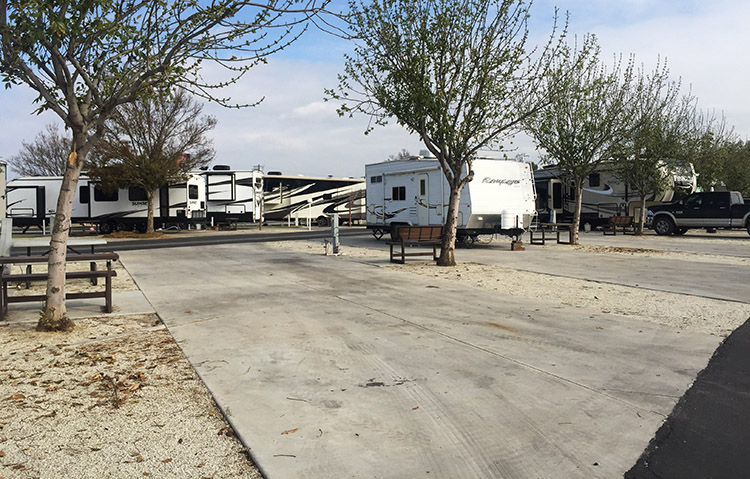 Review of A Country RV Park, Bakersfield, California. Most of the sites at A Country RV Park, Bakersfield, are very large