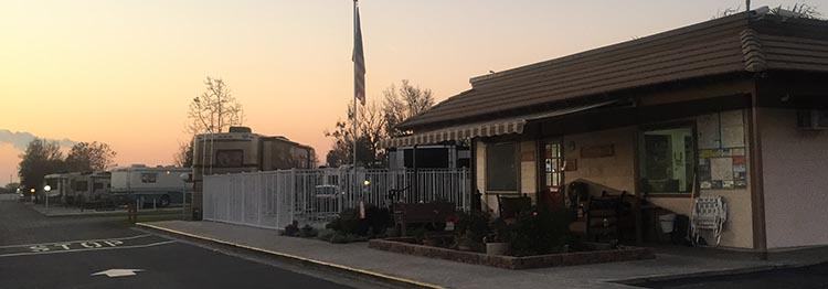 Review of A Country RV Park, Bakersfield, California. View of the office and pool area as you drive into A Country RV Park