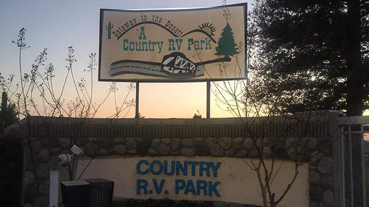 Review of A Country RV Park, Bakersfield, California. The front side outside A Country RV Park, Bakersfield, California