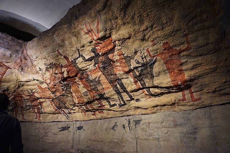 Day 5 of our RV Trip with Baja Winters: San Ignacio to Santispac Beach, Bahía de Concepción, Baja California Sur, Mexico. In the museum in San Ignacio, there is a beautiful recreation of cave paintings