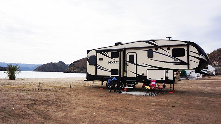 Dry RV Camping on Santispac Beach, Bahia Concepcion, Baja California Sur, Mexico – Post and Video
