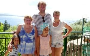 Trip - Cara, Di, David, Lola and Tricia