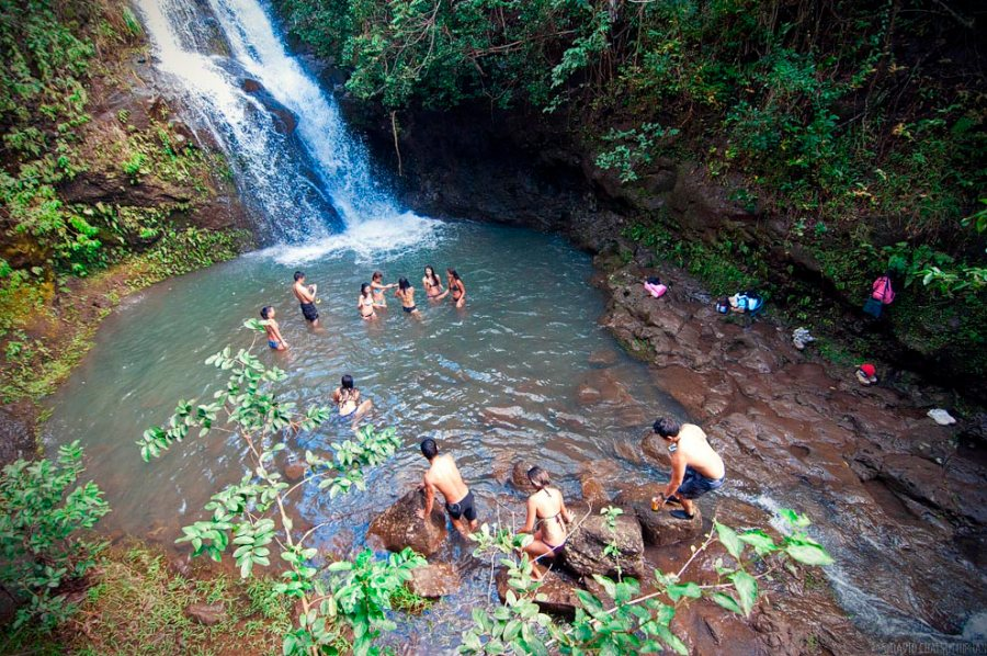 Waimano Falls group swimming