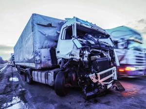 Serious truck accident in Albany