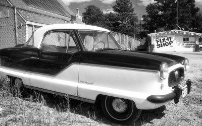 A Nash Metropolitan Police Car